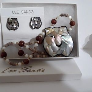 Lee Sands Lioness necklace earrings for Mom